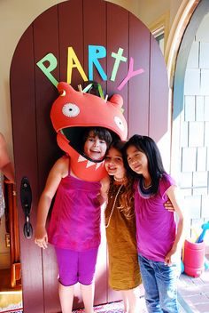 Uglydoll Birthday Party. LOVE everything about it!