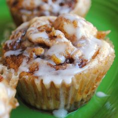 Homemade By Holman: Apple Cinnamon Roll Cupcakes