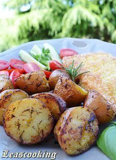 {Garlic Roasted Red Potatoes}
