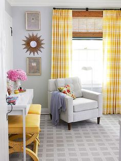 Sunny yellow pairs perfectly with pale blue!