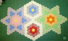 ...just Quilts: The first Stars and Flowers for a new Hexagon Quilt