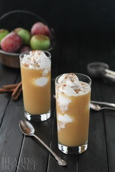 Apple Cider Float {Beard and Bonnet} Just 3-ingredients make up this perfect fall treat!! So easy and so delicious!