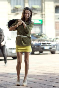 bright pop of yellow + slouchy sweater + slim belt