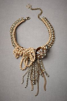 Vintage Wedding Ideas. Weddings Vintage, Love this costumes, vintage weddings, statement necklaces, wedding vintage, vintage jewellery, brides, pearl necklaces, beads, accessories