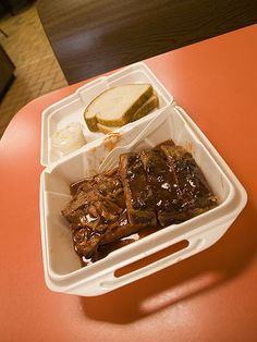 Ribs and Tips, via Flickr.  Any sauce left in the bottom get sopped up with a slice of bread.
