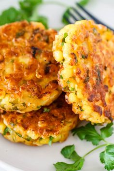 Corn Fritters Recipe - Crispy on the edges, soft in the middle and so delicious, a great side dish for a host of dinners! - #recipe by #eatwell101