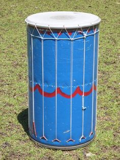 Homemade instruments for the playground. absolutely amazing website!