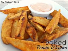 Baked Tater Wedges and Utah's Famous Fry Sauce on MyRecipeMagic.com from the Six Sisters. These are so easy to make and the kids devour them!! #baked #potato #wedges #frysauce