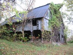 Looking at old barns and wondering about the stories it could tell