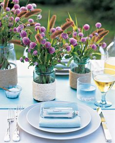 love this table settings, centerpiec, place cards, messag, fun recip, bottl place, outdoor parties, mason jars, flower