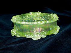 *FENTON ART GLASS ~ Vaseline Glass Dusty Rose Oval Trinket Box