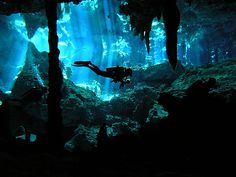 Cenote diving!! =D