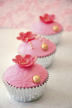 pink cuppies