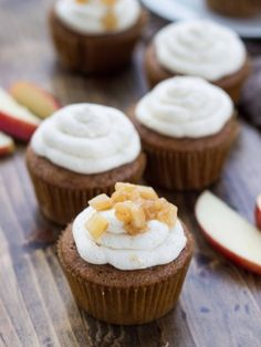 Hard Cider Cupcakes with Whiskey Buttercream | #cupcakes #bake #sweets