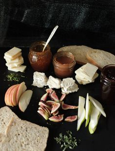 Integrate autumn flavors into your event with a grilled cheese station featuring pear cranberry Havarti, fig jam thyme brie, and apple butter, rosemary cheddar grilled cheese sandwiches