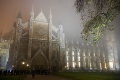 Westminster Abbey - London - fog