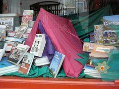 Palas Print (UK): display of camping and travel books