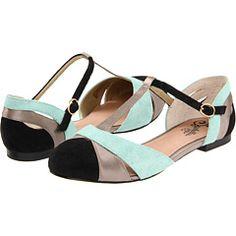 Excellent shoes. shoes, fashion, color combos, colors, mint, sandal, flats, seychelles, black
