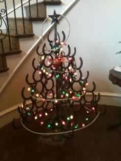 Horseshoe christmas tree!