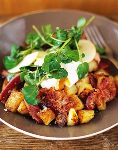 Pancetta hash with eggs & apple salad