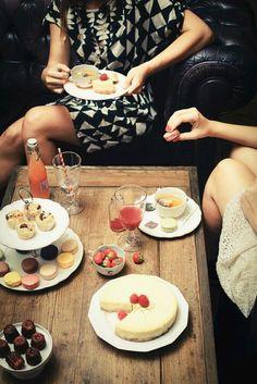 Girls night!! #macarons