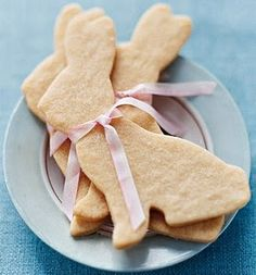 Charmingly lovely Easter Bunny Cookies with pink ribbons. #ribbon #Easter #bunny #rabbit #cookie #food #dessert #party