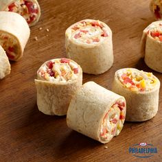 This summer, stock up your cooler with these easy Green Chile Roll-Ups made with whole wheat tortillas and fresh red peppers. Ready in 10 minutes! #recipe #snack #lunch
