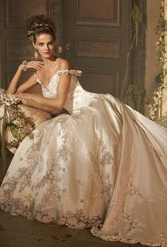 Amalia Carrara wedding dress ~ Beautiful Unique Ball Gowns, couture, wedding, bridal, bride, dress, fantasy, flowers, flower, floral, flora, fairytale, fashion, designer, beautiful, stunning, prom dress, ball gown, Cinderella, Princess, satin, lace, velvet, bodice, vintage, Marie Antoinette, fashion, dress, dresses, elegant, sweetheart, corset, Wedding Dressses, Balls, Dream Dress, Fashion Dresses, Ball Gowns, Brides, Dreamdress, Wedding Dress Styles, Bride Dresses