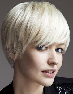 blonde short bob hairstyle with bangs