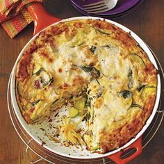 Easy dinner ideas: Pasta with Vegetable Frittata. This is a great dish for whenever you have leftover spaghetti in the fridge. Just throw it in for a quick, yummy meal!
