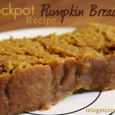 Have you ever baked in your crockpot? You must try this amazing, simple & moist Crockpot Pumpkin Bread!