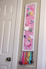 Repeat Crafter Me: DIY Hair Bow Holder (or Message Board!)