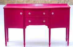 oooh love the bright pink