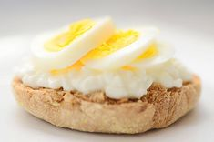 14 Protein-Packed Breakfasts to Power You Through the Morning Slideshow | LIVESTRONG.COM