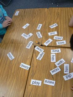 Mrs. T's First Grade Class slap it sight word/spelling game