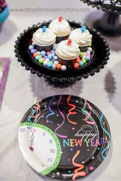 year parti, cupcak idea, new years party, bash idea, plate