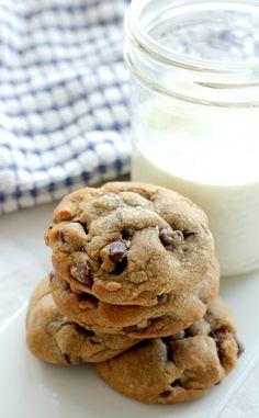 Nutella Stuffed Brown Butter & Sea Salt Chocolate Chip Cookies