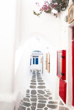 Mykonos town alley