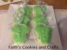 Baby Boy onesie sugar cookies for a Baby shower #twine from #Pickyourplum