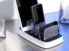 Griffin PowerDock 5: A Space-Saving Charging Station