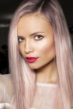 Pastel pink hair #palepink #pastels #hairstyle #fashion #details #effortless #chic #summer #lipstick #makeup #beauty