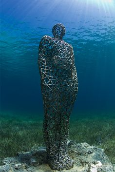 Vein Man, Depth 4m, MUSA Collection, Punta Nizuc, Mexico. - Underwater Sculpture by Jason deCaires Taylor