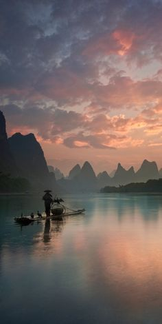 Li River sunrise in Xingping County, China • Yan Zhang Photography on Wordpress