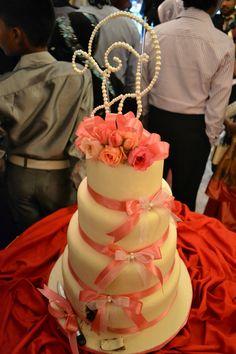 Engagement Cake Designs Sri Lanka : Wedding cake structures on Pinterest Sri Lanka