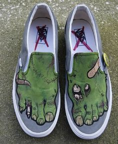 painted shoes .. maybe little ones for Wyatt?! :-)