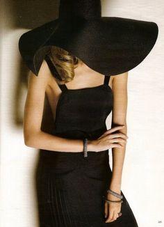 Saint Laurent model, fashion, outfit, dresses, the dress, timeless style, black, sun hats, parti