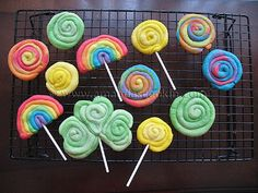 St. Patrick's Day Cookies: Rainbows, shamrocks and gold - my son would love to help to make them