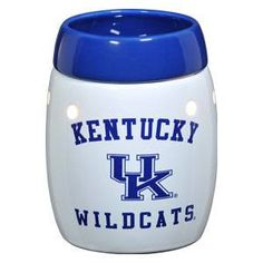 University of Kentucky Wildcats - this is the safe (without the safety risks of a burning candle ), wickless alternative to scented candles. This wickless concept is simply decorative ceramic warmers designed to melt scented wax with the heat of a light bulb instead of a traditional wick and flame.