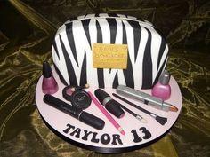 Make up Bag  Cake by Kazmick