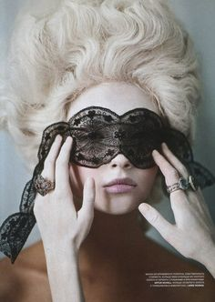 black lace mask yes for this hair!!! We could even powder our faces and wear patches omg must hv an alluring beauty spot!